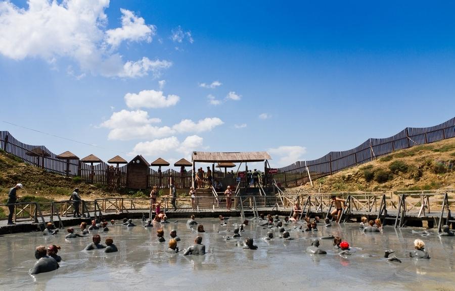 грязевой вулкан Тиздар