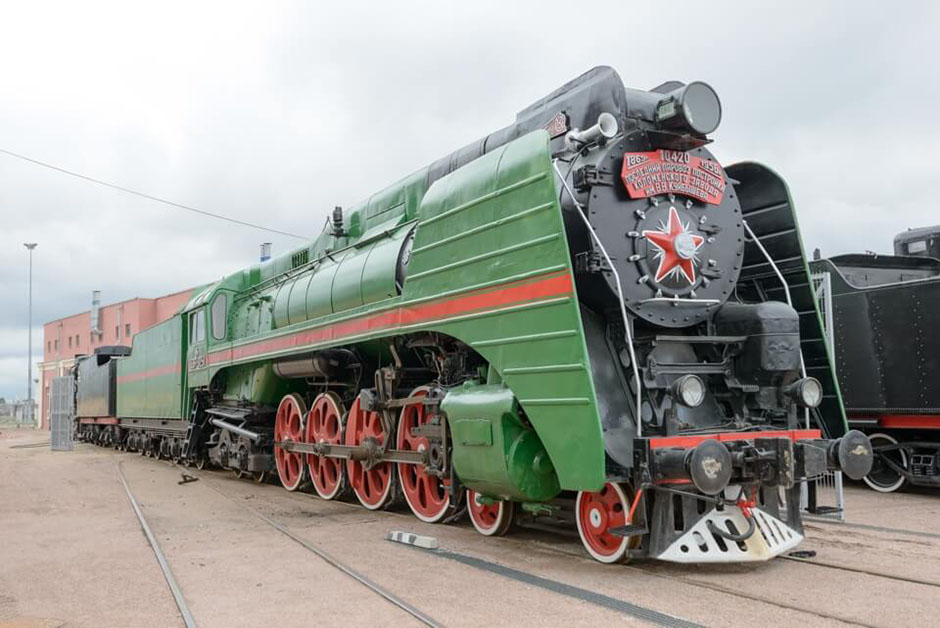 паровоз П36