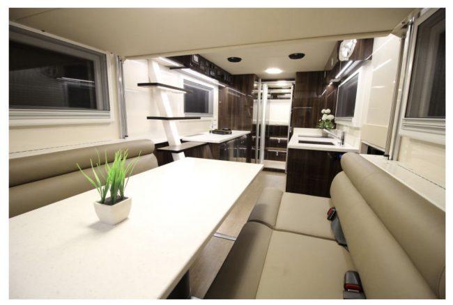 дом за колесах – кухня